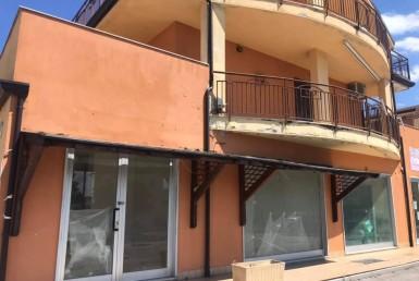 Locale commerciale vendita agenzia Vasto Di Tullio 00